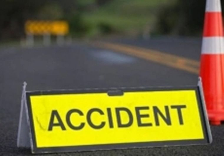 Bhopal: 3 villagers helping accident victim die with her in mishap