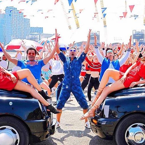 'Housefull 4' makers drop first song 'Ek Chumma', watch video