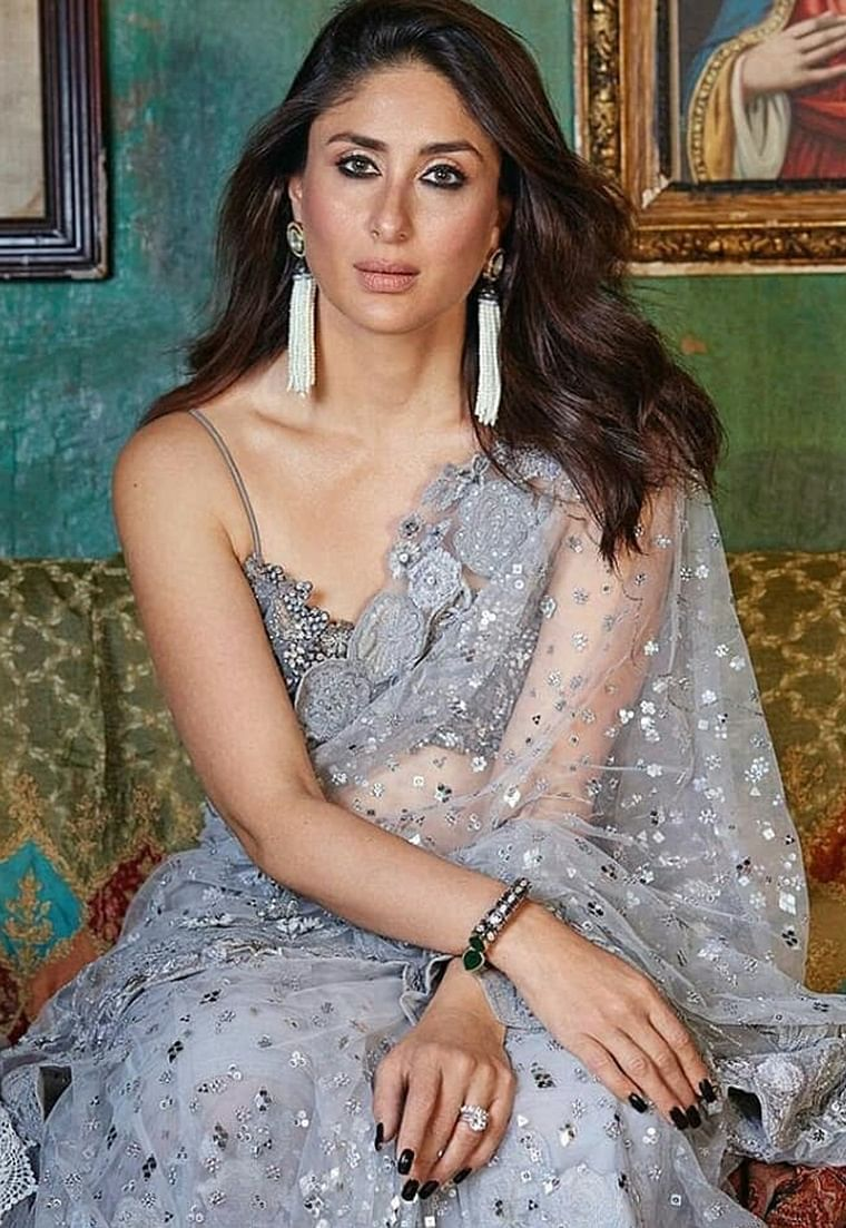 Bollywood's style icon Kareena Kapoor Khan can rock any shade on this planet, including grey. The undermined cool tone can certainly be worn at its best for not just Navratri, but any occasion round the year.