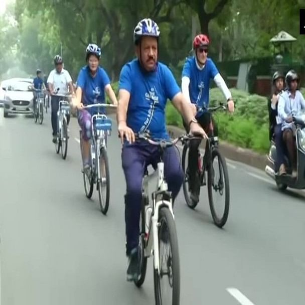 Harsh Vardhan cycles to WHO meet, participates in yoga session