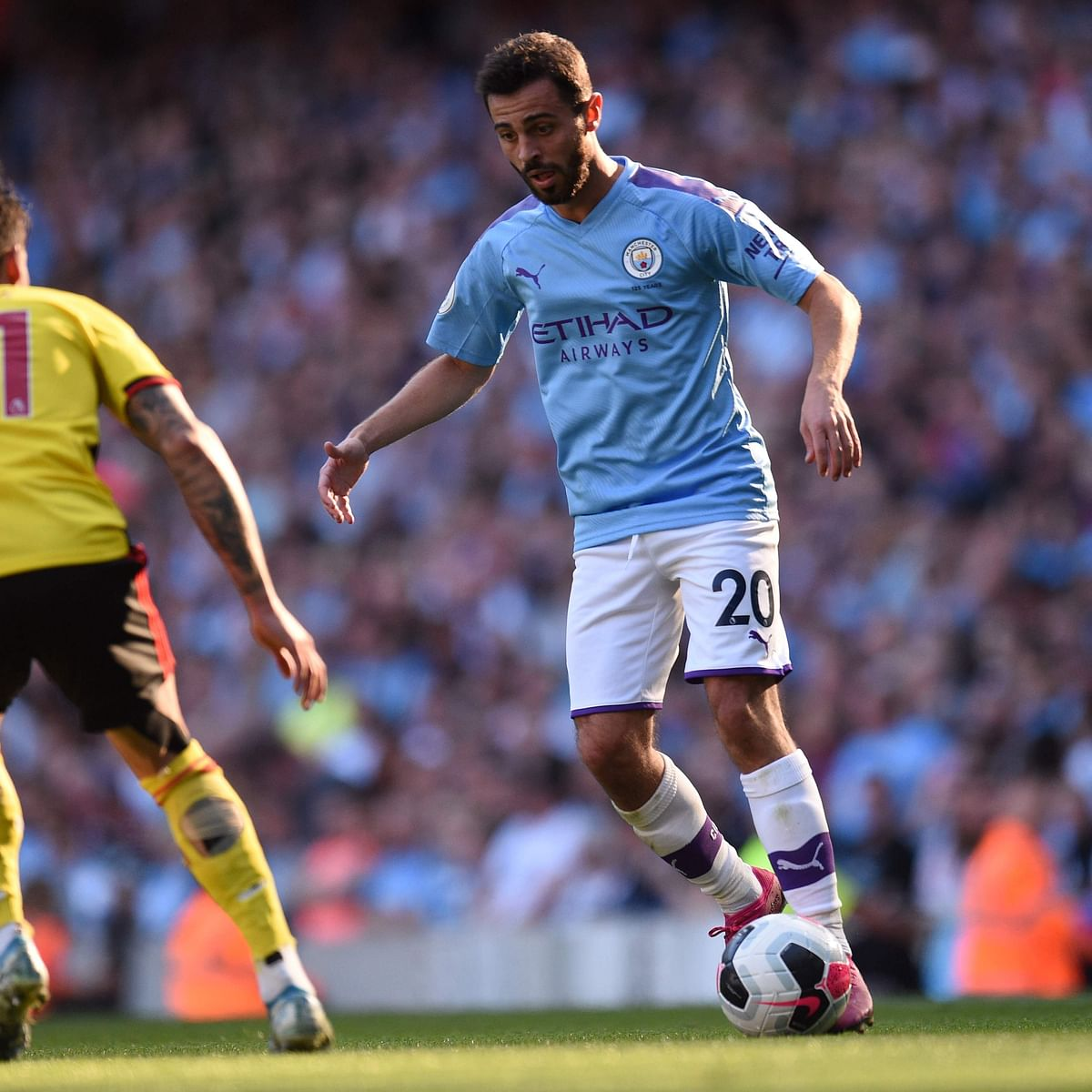 Premier League: Bernando Silva 'trick for Manchester City