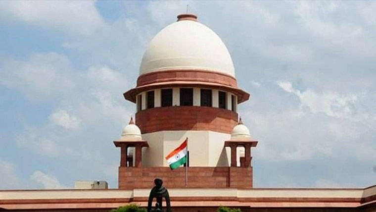 SC quizzes Muslim parties over figurines in mosque