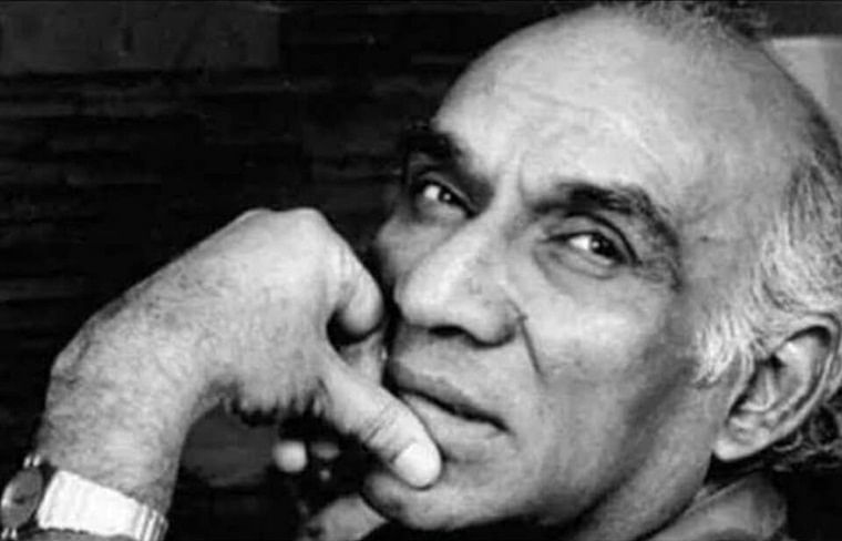 B-town pays tributes to Yash Chopra on his 87th birth anniversary