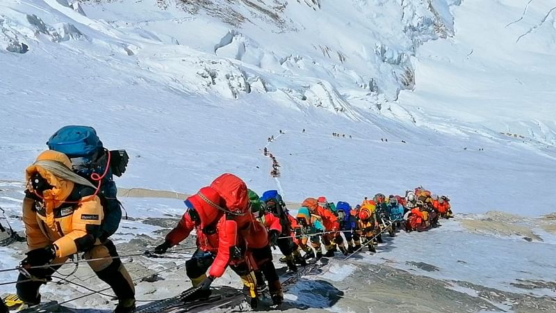 Climbers to make autumn Everest ascent after 9 years