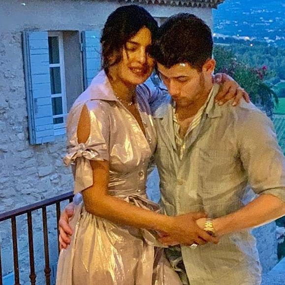 Priyanka Chopra to embrace motherhood, says 'having a baby on my to-do list'