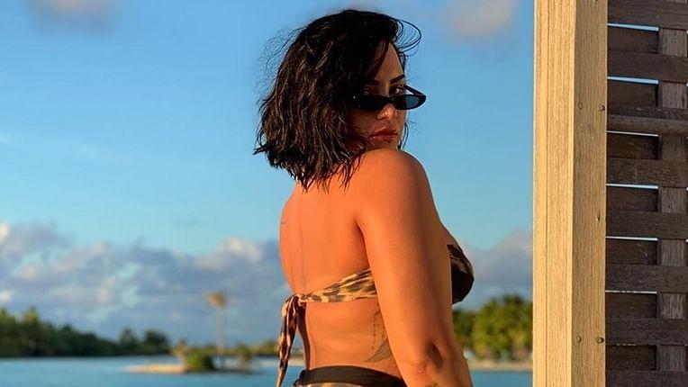 Demi Lovato posts unedited bikini picture, conquers her biggest fear
