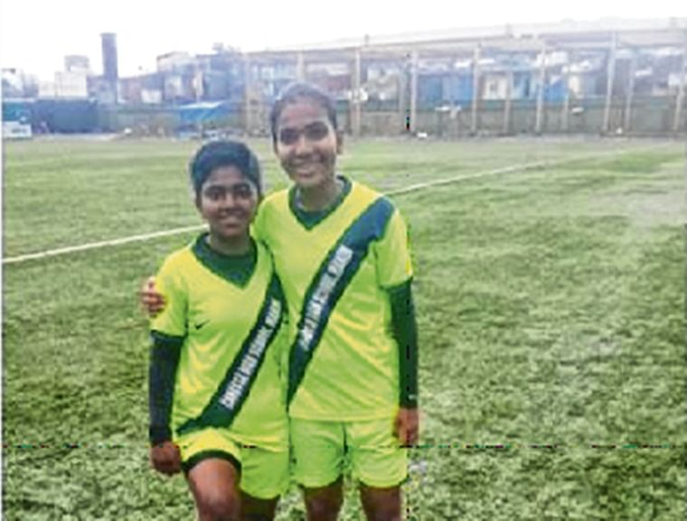 Aneri Raval shines in Nahar's victory