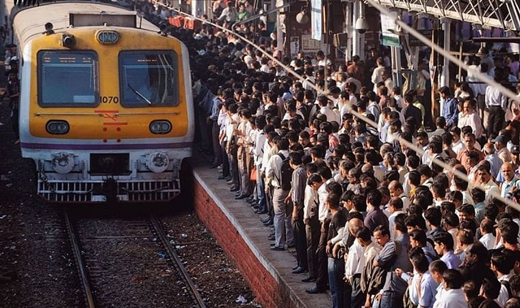 Mumbai: 25-year-old bites off part of fellow commuters' finger after a scuffle on crowded train