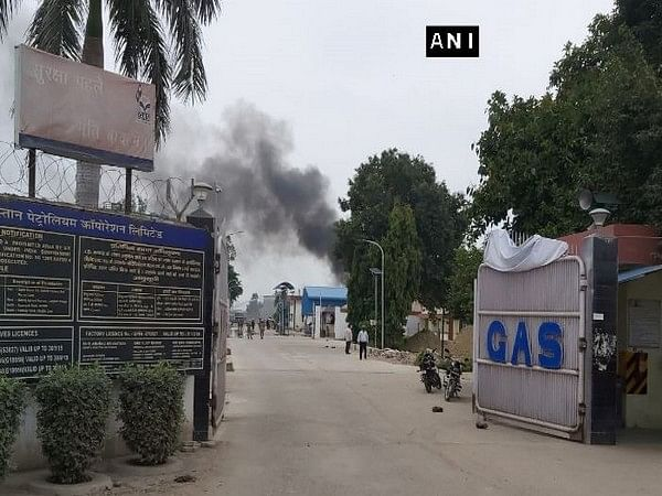 Uttar Pradesh: Gas tank explodes at Hindustan Petroleum Corporation Plant in Unnao