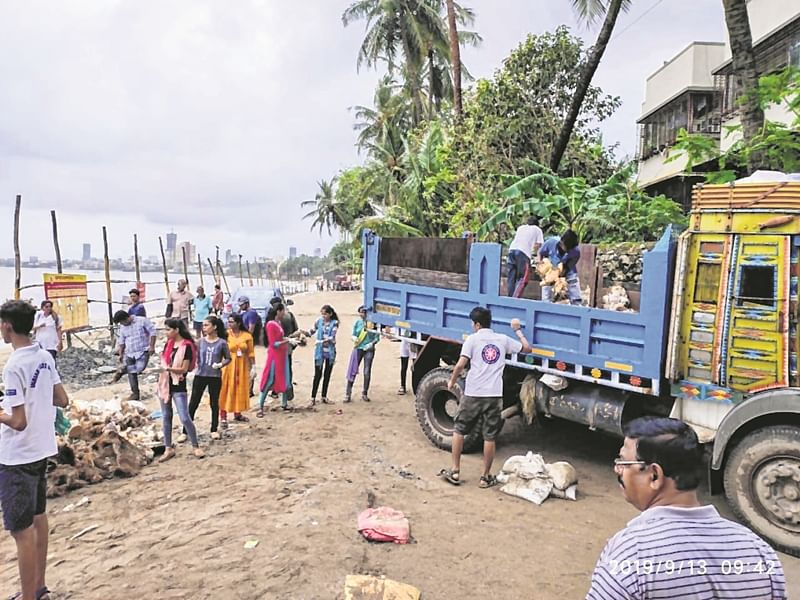 'Shri Ganeshaya Namaha: 'BMC conquers hurdle posed by 9,400 PoP idols