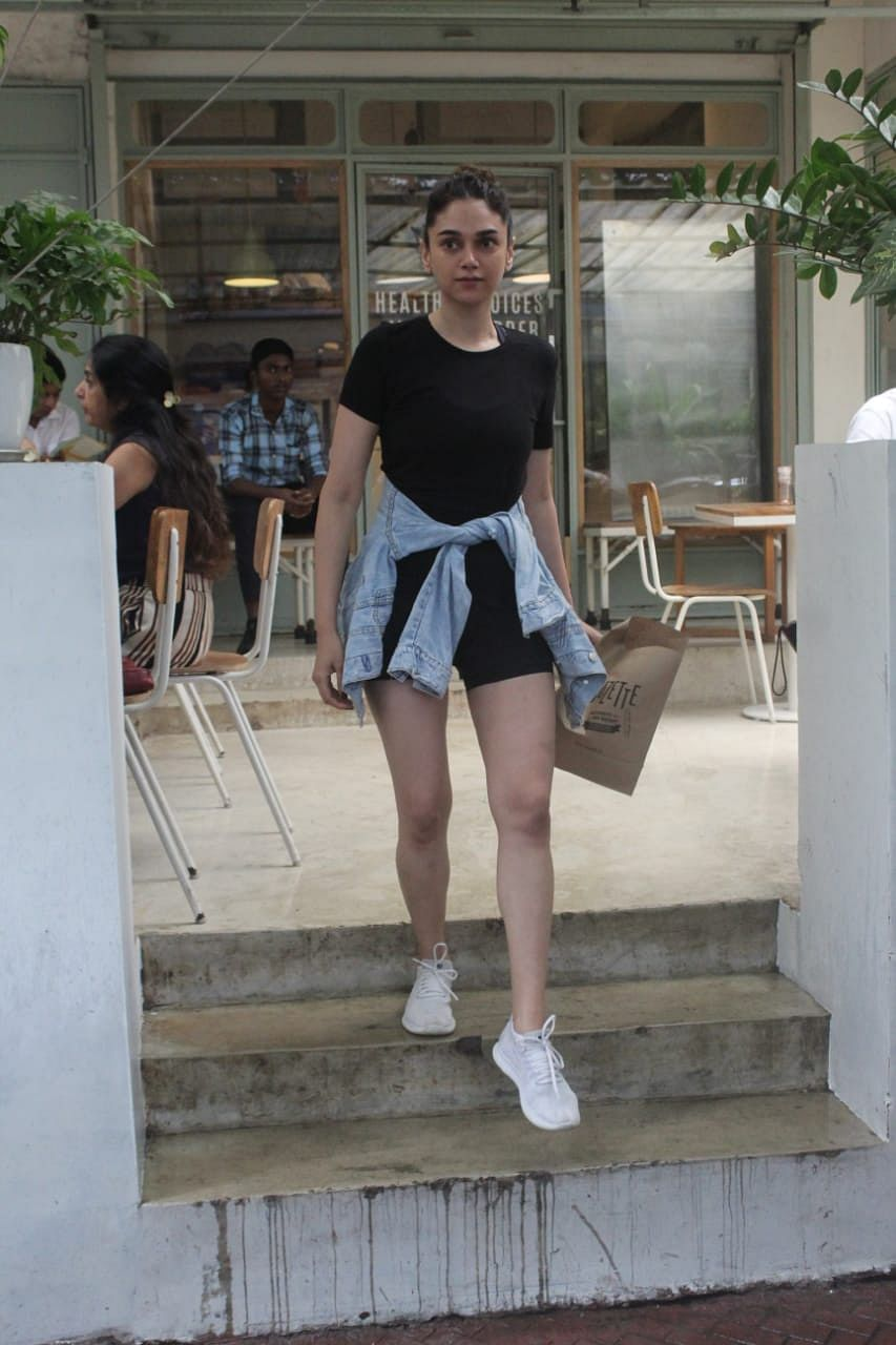 Aditi Rao Hydari was spotted at kitchen garden after her workout sessions in Bandra.