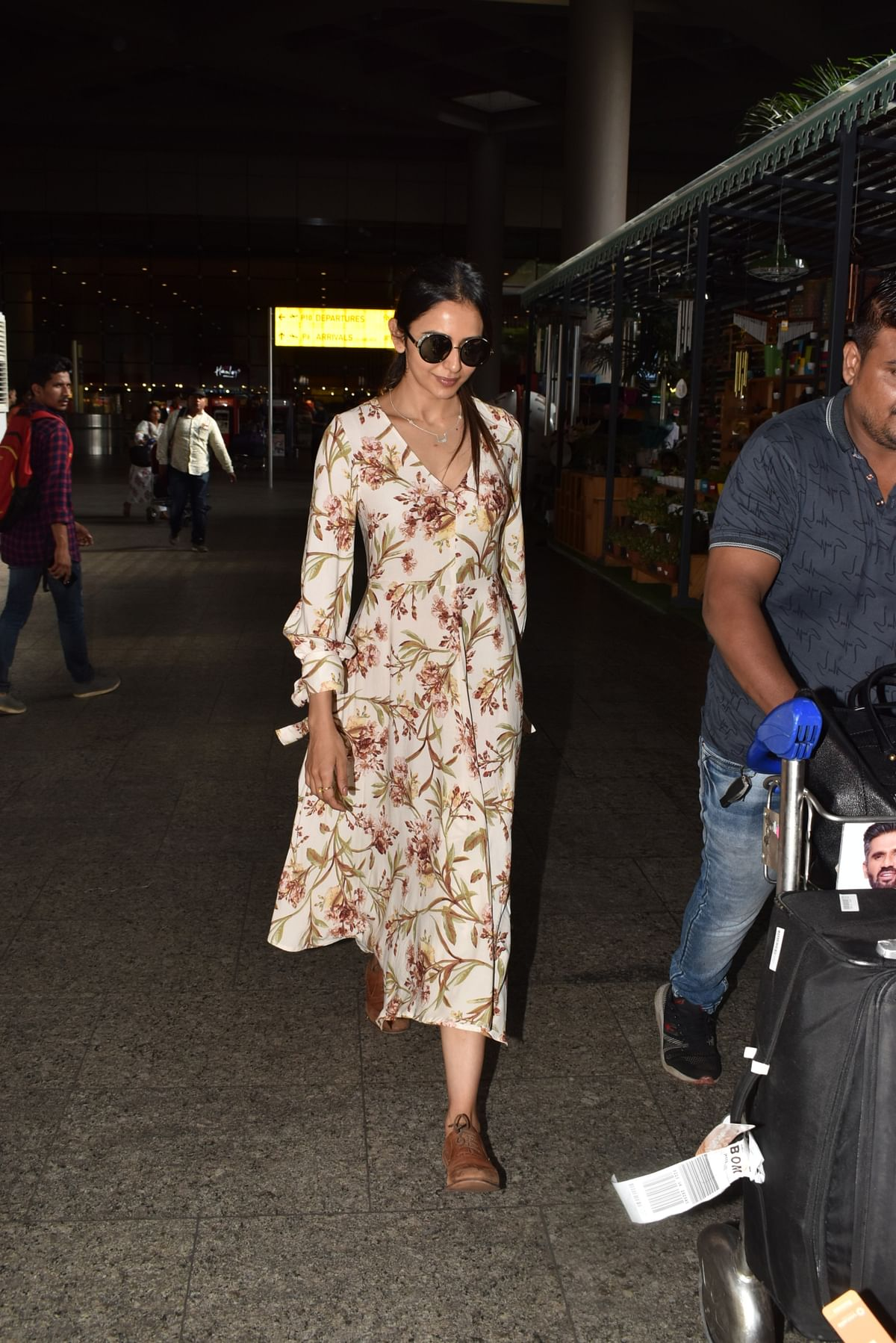 Rakul Preet Singh spotted at airport.