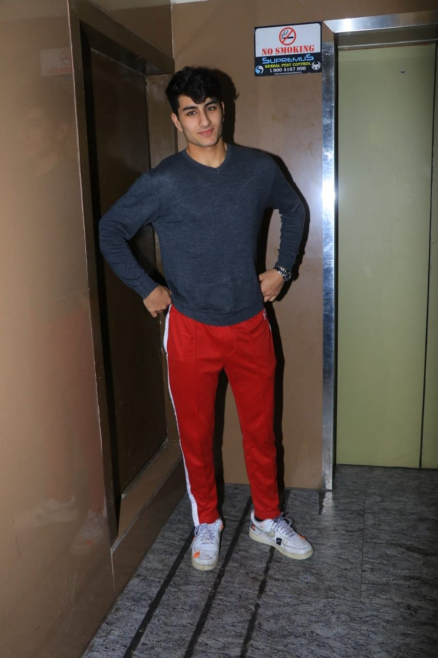 Ibrahim Ali Khan caught by paparazzi outside movie theatre in Juhu with friends.