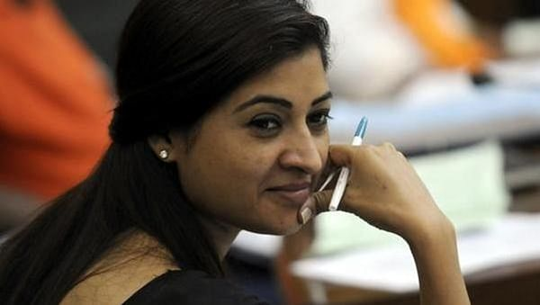 Days after meeting Sonia Gandhi Alka Lamba says goodbye to AAP