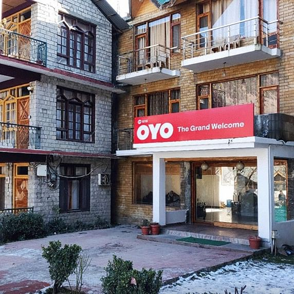 OYO cuts fixed pay of all by 25%, asks some India employees to go on leave