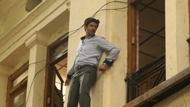 Kartik Aaryan pulls a daredevil stunt without safety measures for 'Pati Patni Aur Woh'