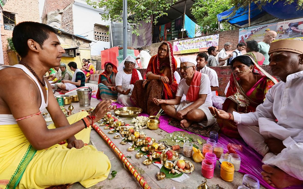 Pitru paksha 2019: The right way to satisfy your ancestors' souls