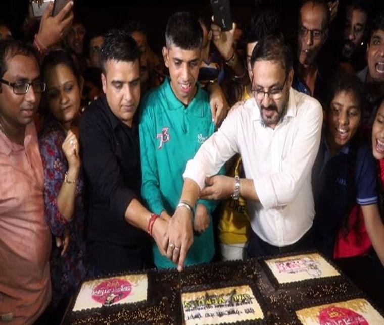 Surat: BJP MLA celebrates PM Narendra Modi's birthday with Divyang children, cleanliness workers