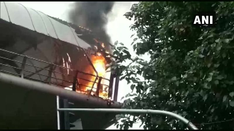 Fire breaks out on skywalk in Mumbai's Cotton Green
