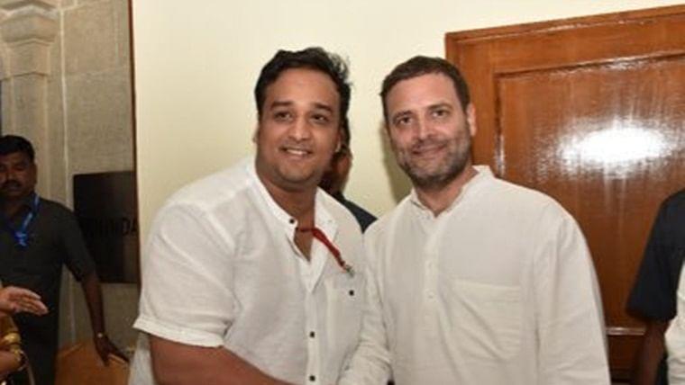 Maharashtra Election 2019: Shiv Sena embarrassed on home turf, Mumbai Mayor Vishwanath Mahadeshwar loses to Cong's Zeeshan Siddiqui