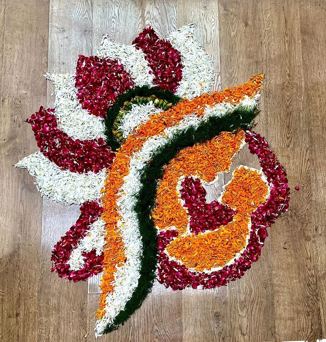Diwali 2019 Easy To Create Rangoli Designs That Will Boost Your Diwali Celebrations,Green Plain Saree With Designer Blouse Images