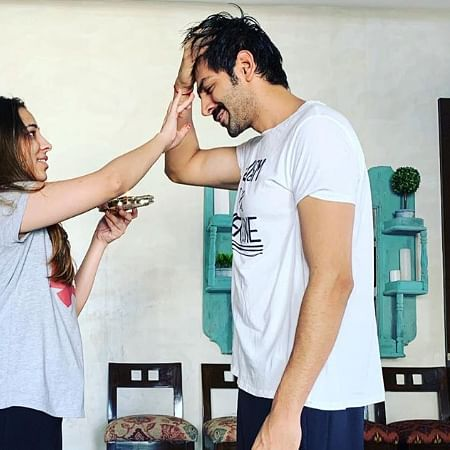 Kartik Aaryan's sarcastic Bhai Dooj post with his sister is literally every brother ever!