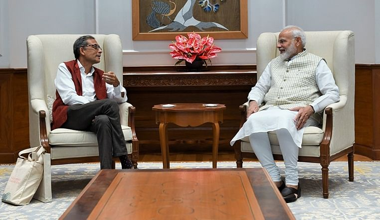 Amid criticism from BJP ministers, 'Left-leaning' Nobel laureate Abhijit Banerjee meets PM Modi