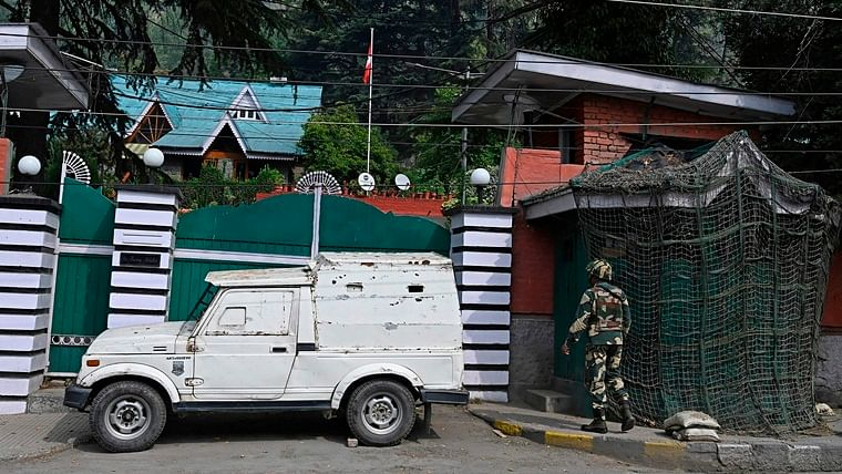 Jammu and Kashmir administration to release three politicians from detention today