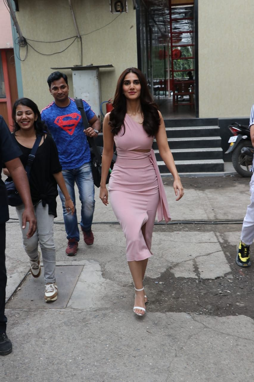 Vaani Kapoor spotted for ad shoot in Andheri