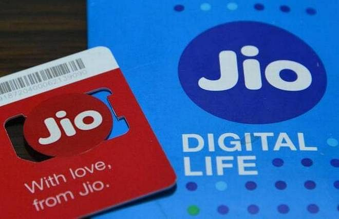 Jio seeks early spectrum auction, says policy pause to hurt national exchequer
