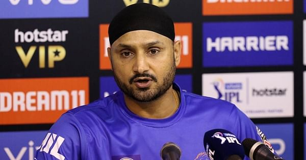 Expect Imran Khan to promote peace, not hatred, says Harbhajan Singh