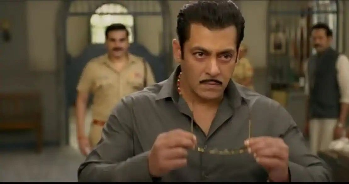 Dabangg 3: Did you spot Arbaaz Khan and Warina Hussain in the trailer?