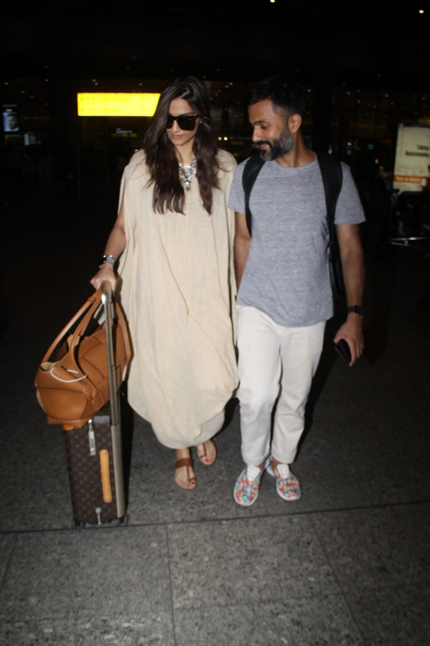 Sonam Kapoor back in town with husand Anand Ahuja