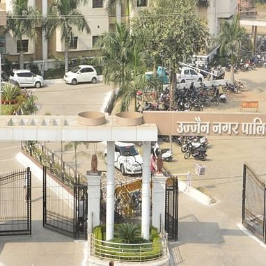 Ujjain: UMC issues notice to shopkeepers to vacate outlets of Scindia Devsthan Trust