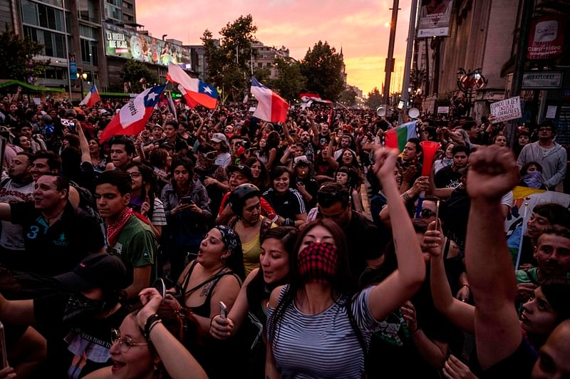Chile President Sebastian Pinera lifts state of emergency, protests continue
