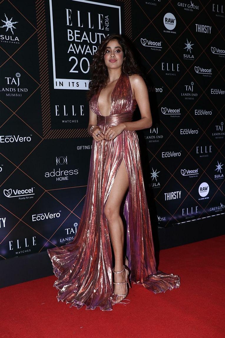 Elle Beauty Awards 2019: Kareena, Ranveer, Anushka sashay on red carpet