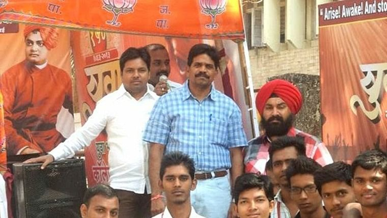 Maharashtra Election 2019 – Sion Koliwada Assembly Constituency of Mumbai: BJP's Captain R Tamil Selvan wins
