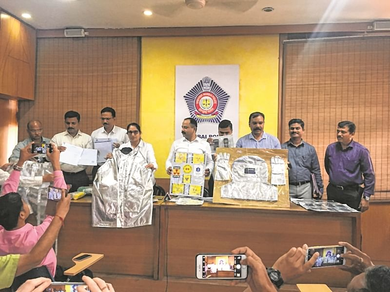 Mumbai: Gang of Sci-Fi conmen busted