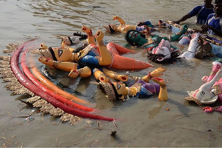 Centre announces Rs 50,000 fine on idol immersion in River Ganga during festivities