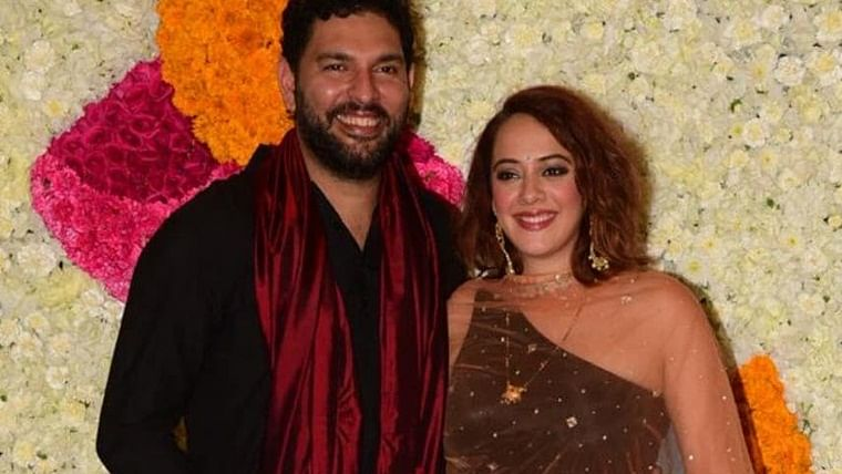 Hazel Keech reveals she wore a top borrowed from Aamir Khan's daughter Ira for Ambani's Diwali party