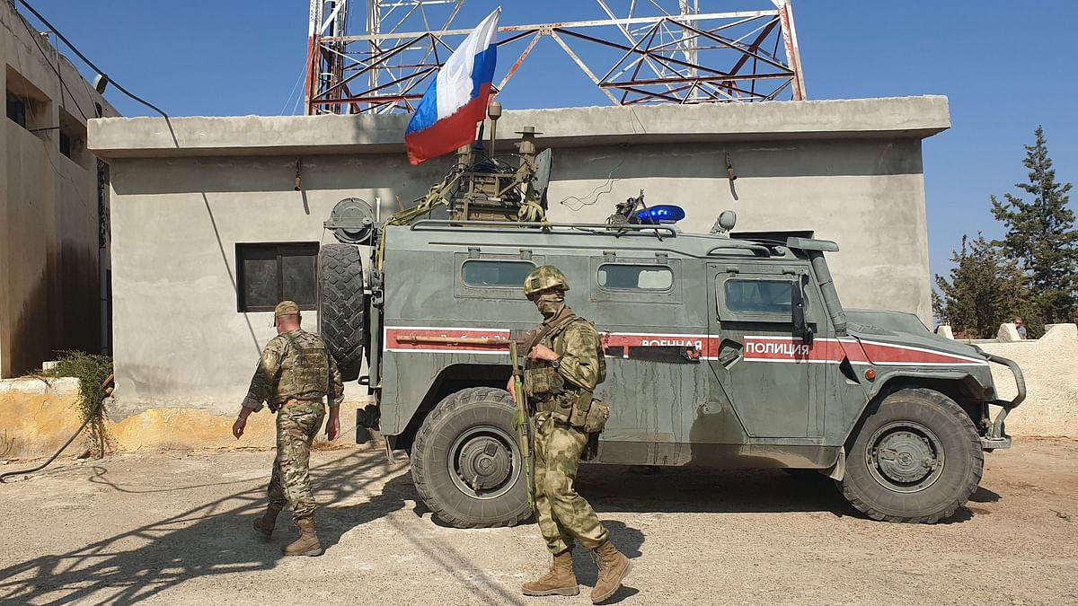 Russian forces head for Syrian-Turkish border