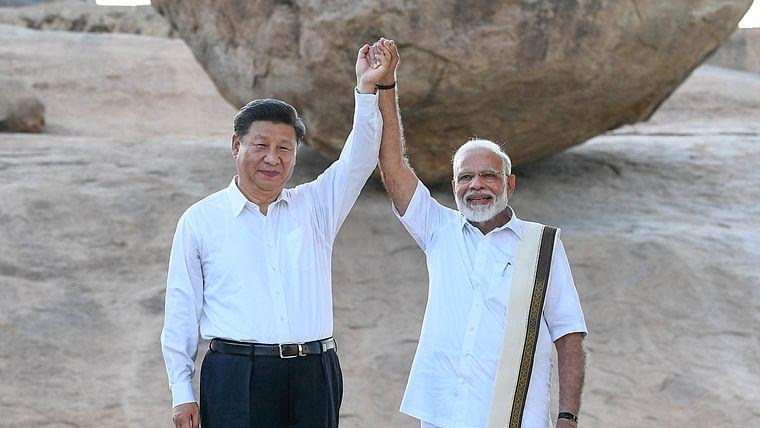 Modi-Xi Summit: PM Narendra Modi, Chinese President Xi Jinping literally walk the talk