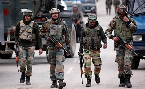 2 live mortar shells fired by Pakistan recovered in Jammu