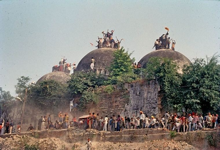 As Ayodhya hearing ends, #RebuildBabriMasjid trends on Twitter