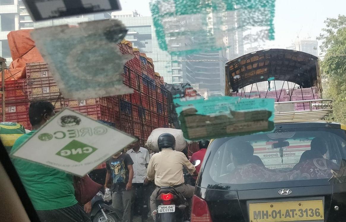 Traffic Alert: Dussehra preparations slowing down Mumbaikars at Dadar