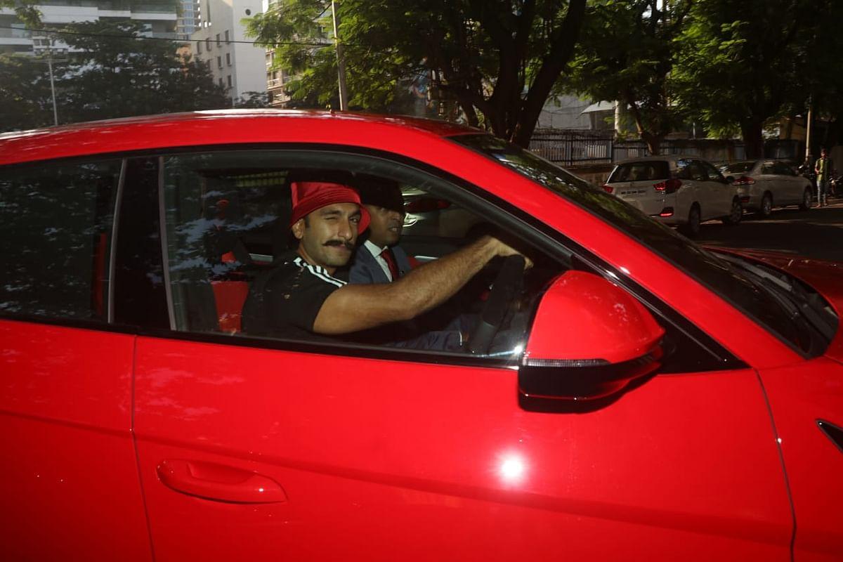 Ranveer Singh flaunts his swanky new Lamborghini worth Rs 3 crore