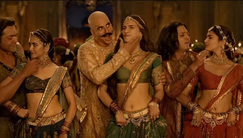 Wait, why? Akshay Kumar's Housefull 4 leaked by Tamilrockers