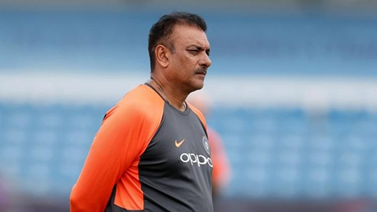 'It's dry day on October 2': Ravi Shastri gets trolled for his latest Tweet on Gandhi Jayanti