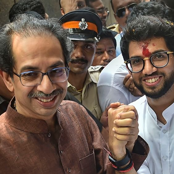 Independent minister from Ahmednagar joins Shiv Sena