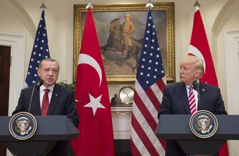 (from left) Turkish President Recep Tayyip Erdogan and US President Donald Trump